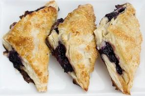 Blueberry Vanilla Cream Turnovers