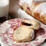 Raspberry Jam Filled Pull-Apart Bread