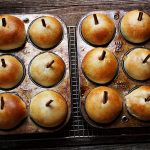 Apple Filled Apple Buns