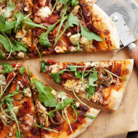roasted vegetable pizza with goat cheese