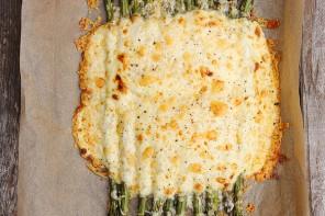 Creamy Aged Cheddar Baked Asparagus