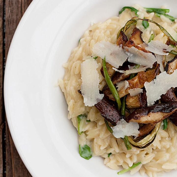 orzo risotto with garlic mushrooms