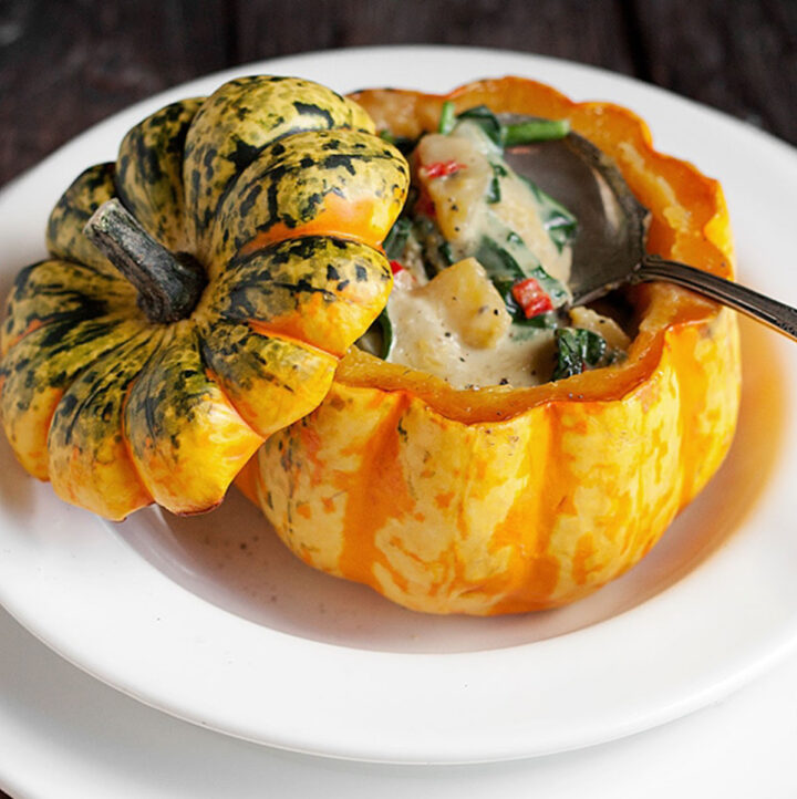 squash filled with Thai curry filling