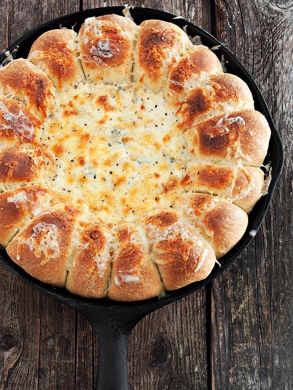 Warm Skillet Bread and Artichoke Dip