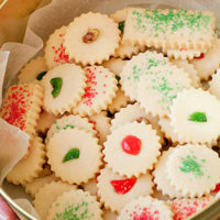 Christmas shortbread cookies in tin
