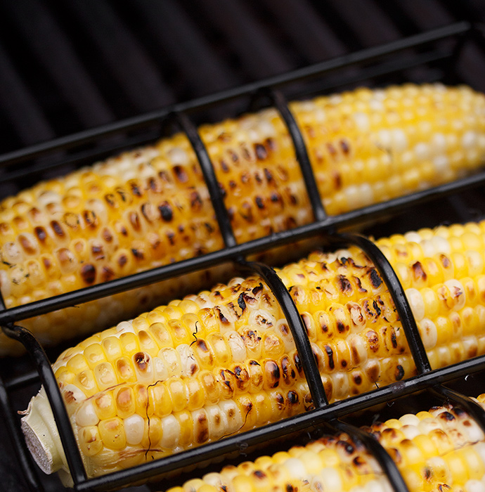 Grilling Corn with Corn Basket