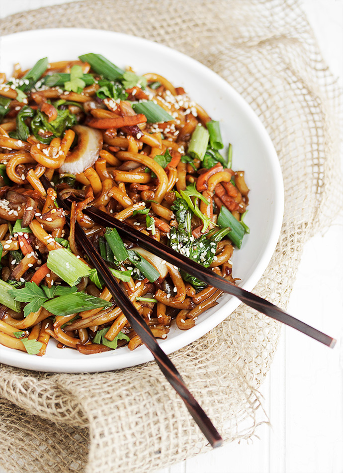 15 minute spicy udon stir fry seasons and suppers 15 minute spicy udon and vegetable stir fry forumfinder Choice Image