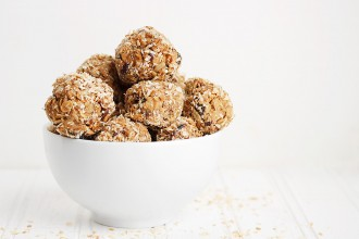 Honey Peanut Butter Granola Energy Bites