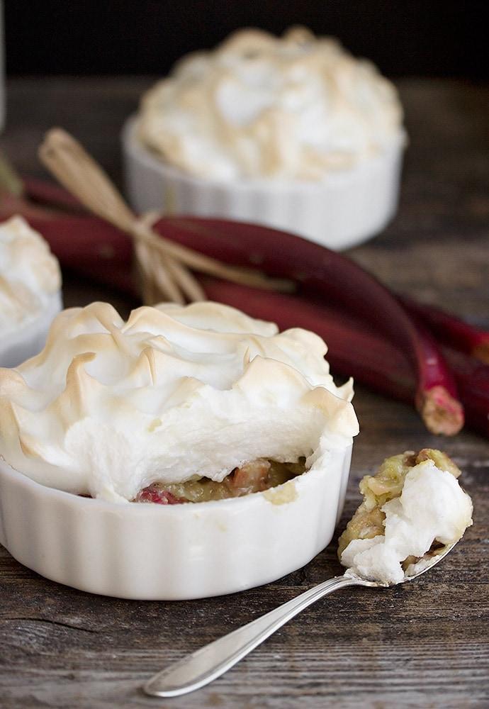 Individual Rhubarb Meringue Tortes