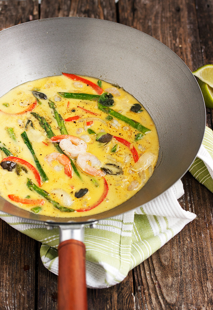 Thai Green Curry Shrimp with Asparagus