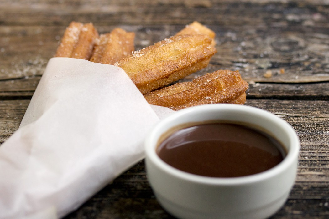 Churros Con Chocolate Seasons And Suppers