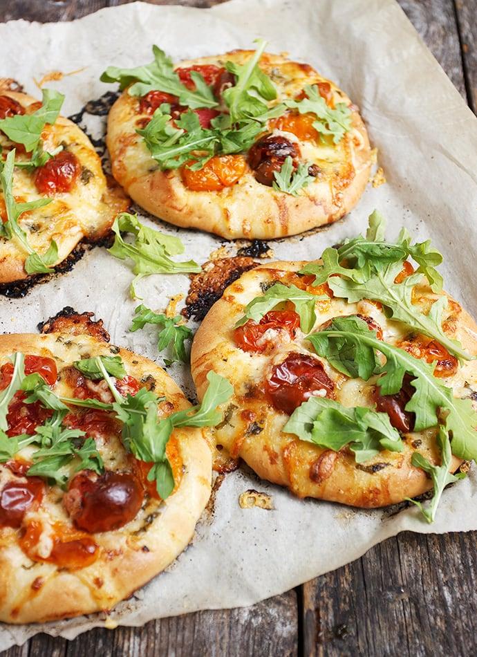 Mini Cherry Tomato and Bocconcini Pizza Recipe