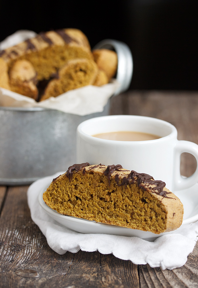 Pumpkin Spice Latte Biscotti | Homemade Pumpkin Spice Latte Recipes You Need This Fall