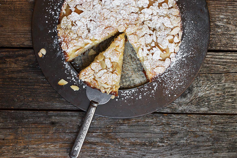 Italian Pear Almond Cake