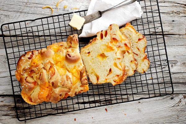 Chunky Cheese Bread