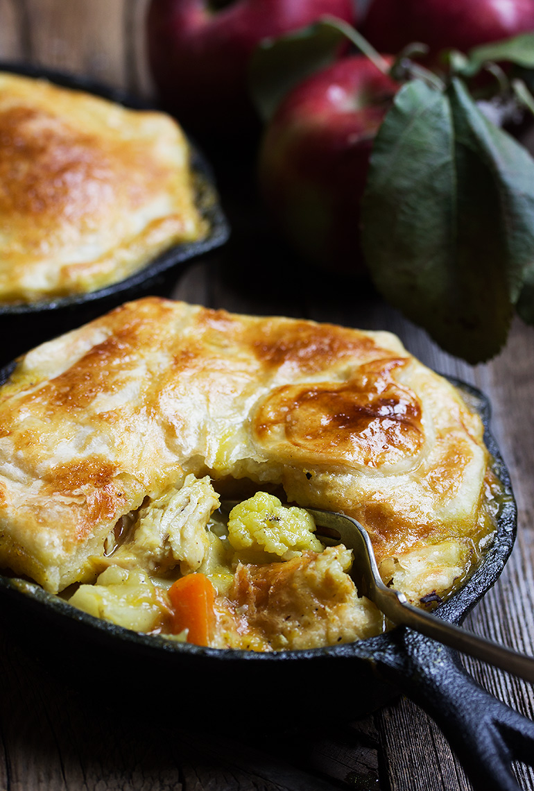 Turkey Apple Curry Pot Pie