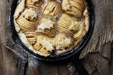 Rustic Skillet Spiral Apple Pie