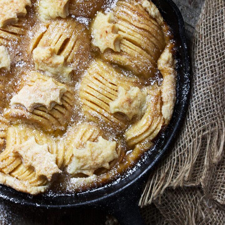 skillet apple pie in cast iron skillet