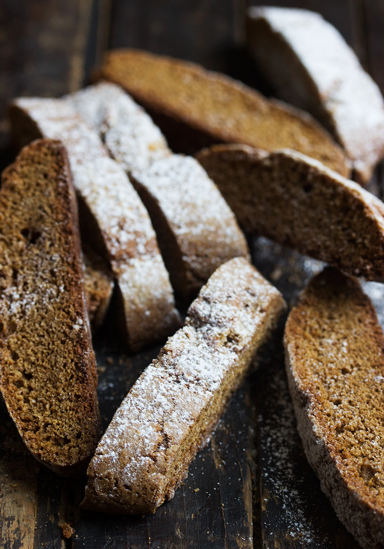 Simply Perfect Crispy Gingerbread Biscotti
