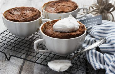 Gingerbread Pudding Cakes