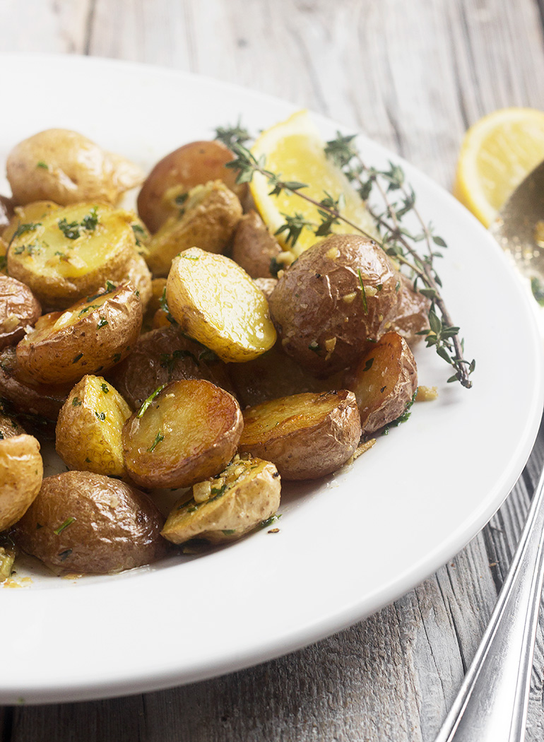 Garlic and Lemon Roasted Potatoes