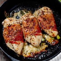 asparagus stuffed chicken with prosciutto and cheese