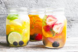 Cold Brewed Iced Tea with Fruit
