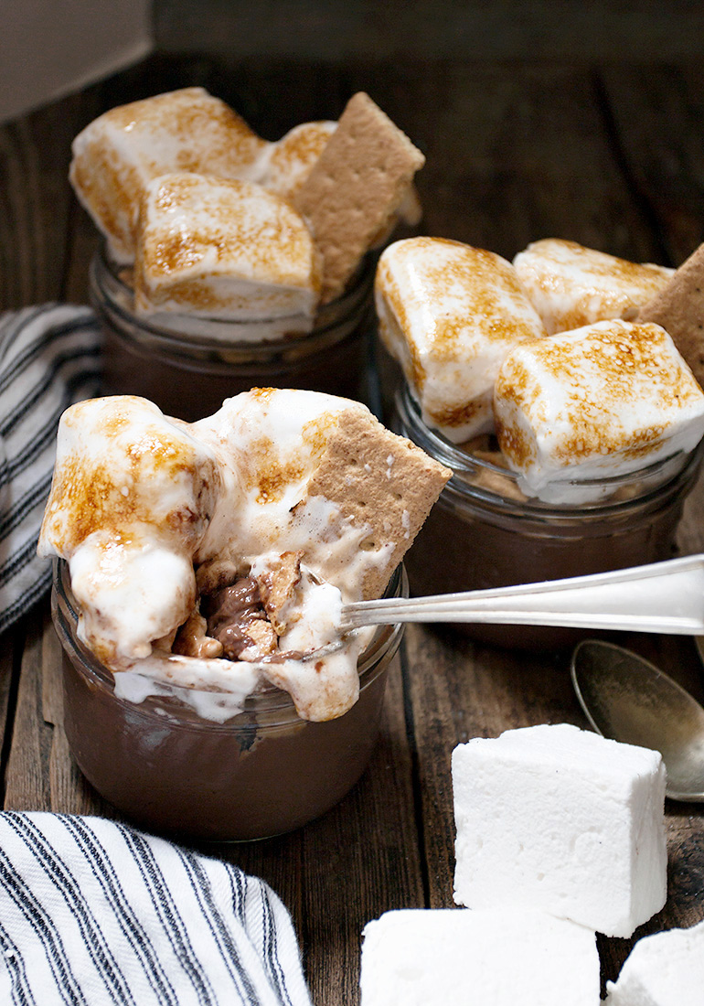 S'mores Chocolate Pudding Jars