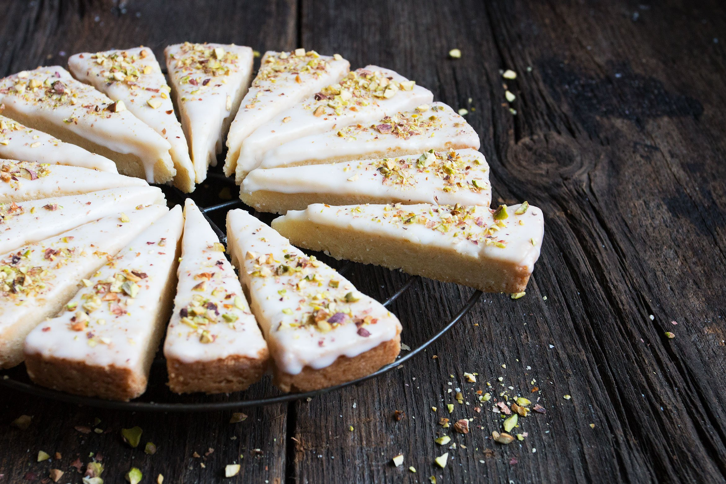 Lemon Pistachio Shortbread Cookies