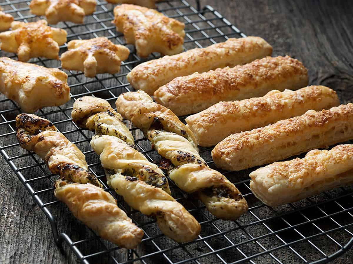 puff pastry appetizers on cooling rack