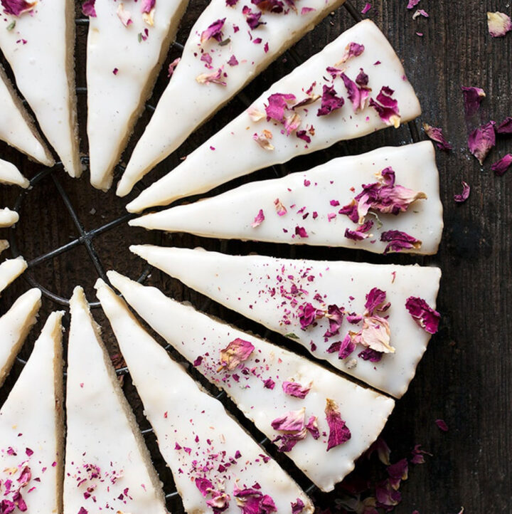 vanilla and edible rose shortbread cookies sliced