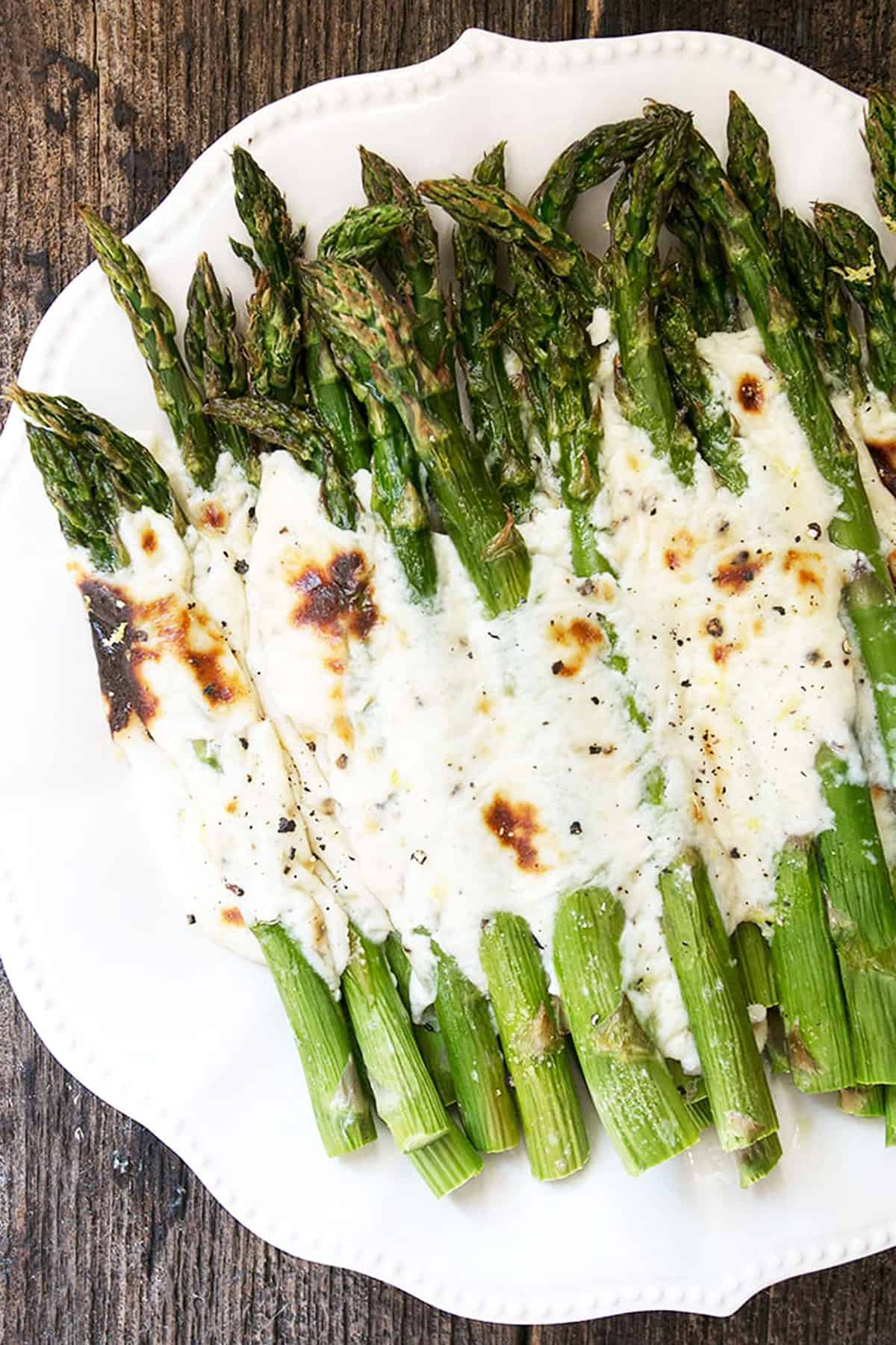 asparagus with parmesan and pepper sauce