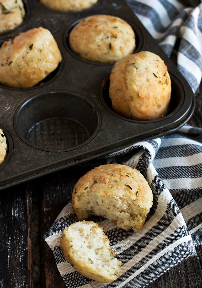 focaccia rolls in muffin tins