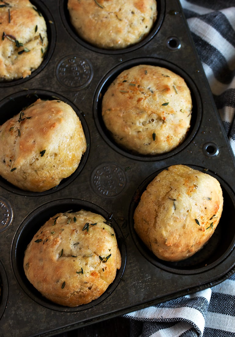 Quick and Easy Herb Focaccia Rolls