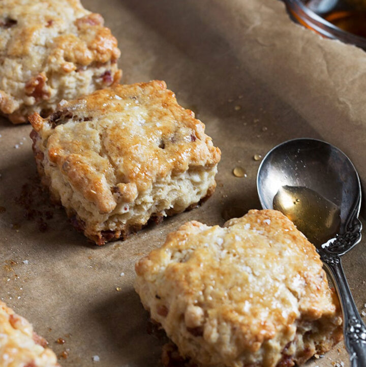 maple bacon buttermilk biscuits
