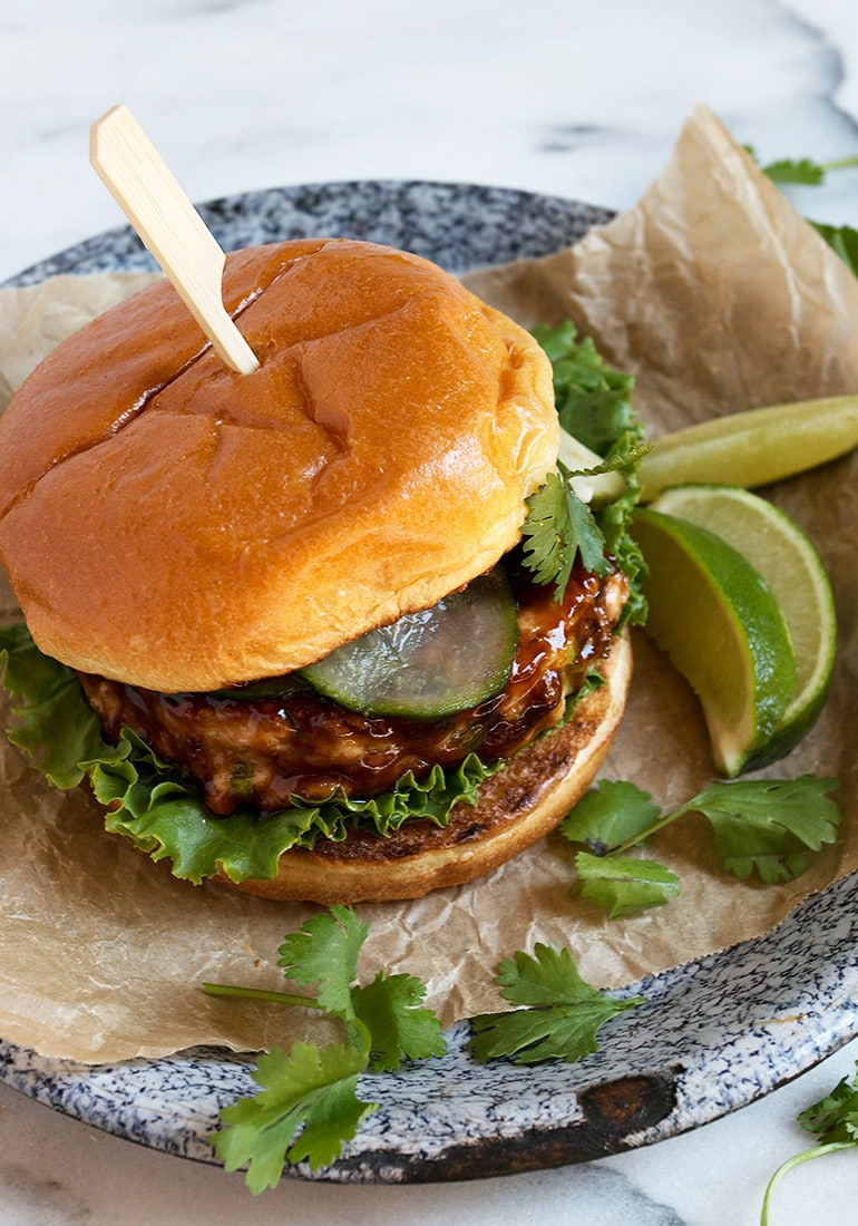 Teriyaki Salmon Burgers with Quick Pickled Cucumbers