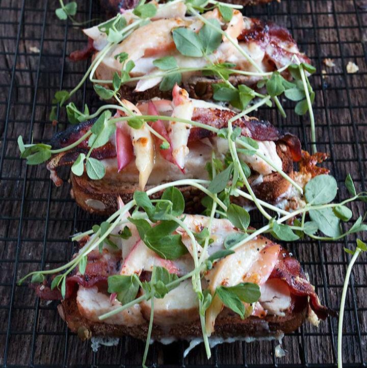 turkey apple bacon sandwich