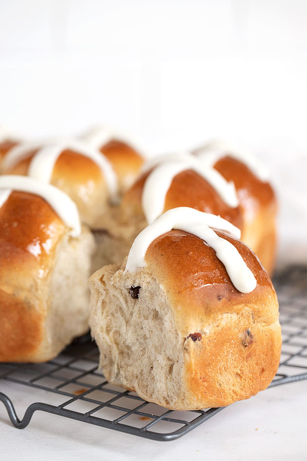 hot cross buns pulled apart