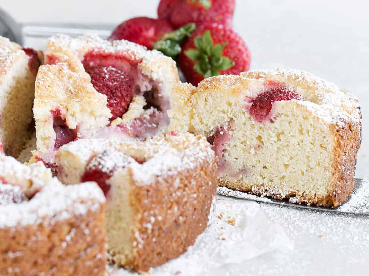 strawberry shortcake cake sliced
