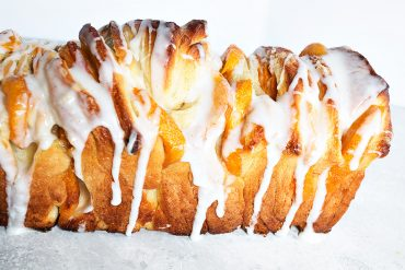 peach pullapart bread from the side