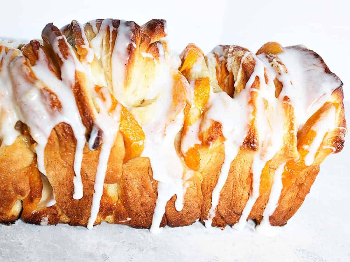 peach pull apart bread with glaze