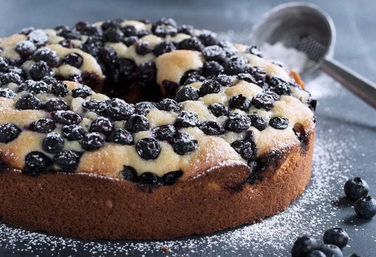 blueberry sour cream cake