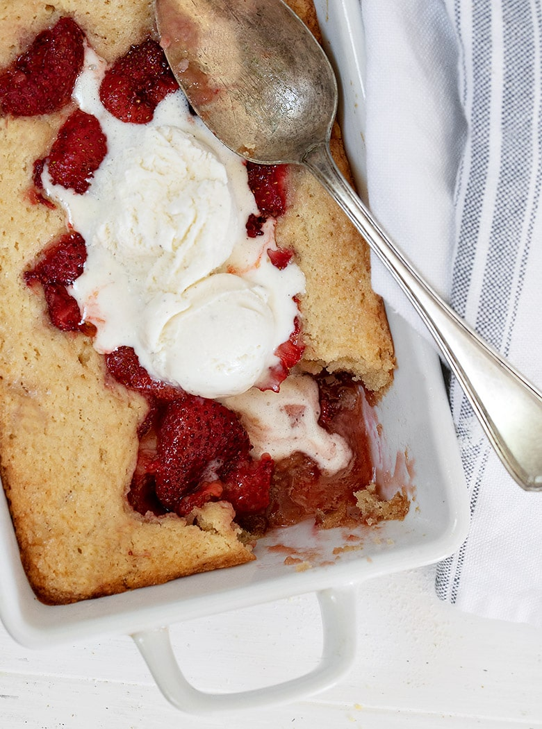 strawberry spoon cake with ice cream on top